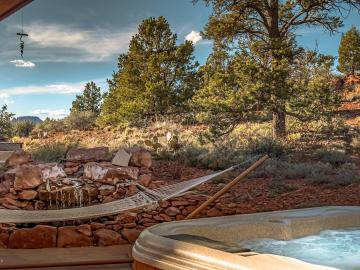 96 Carol Canyon Dr, Settlers Rest, AZ