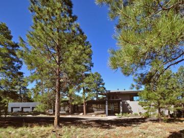 96 N Lake Hills Dr, 5 Acres Or More, AZ