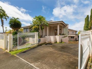 98-866 Kaahele St, Royal Summit, HI