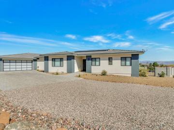 980 Roberts Rd, Under 5 Acres, AZ
