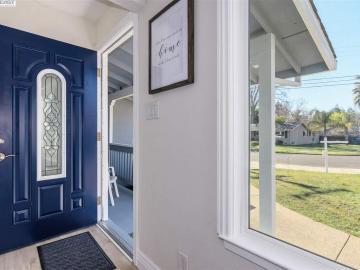 982 Treg Ln Concord CA Home. Photo 4 of 23