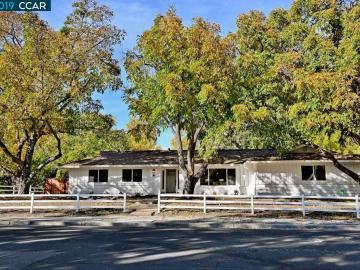 985 Mohr Ln, Colony Park, CA