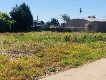 Carmel Ave, El Granada, CA