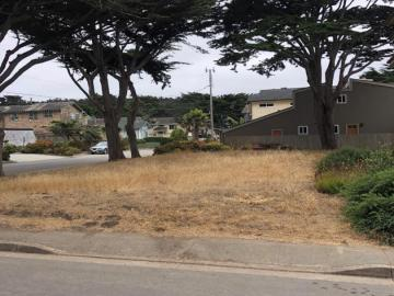 Ellendale St, Moss Beach, CA