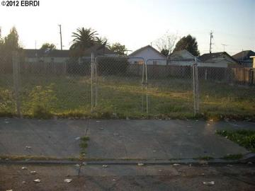 S 4th St Richmond CA. Photo 2 of 2