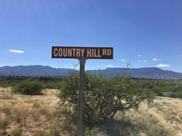 S Country Hill Rd, Under 5 Acres, AZ