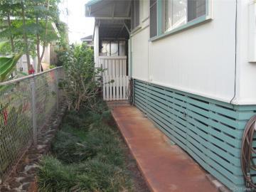 Waipahu HI Home. Photo 4 of 18