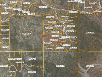 Yonder Way Seligman AZ. Photo 2 of 2